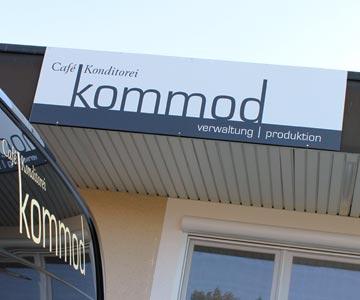 kommod_dach.jpg